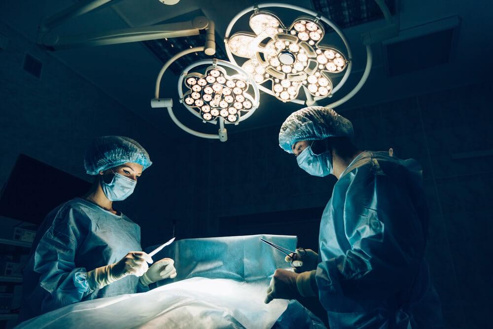 Cirugía robótica para tratar cáncer de pulmón