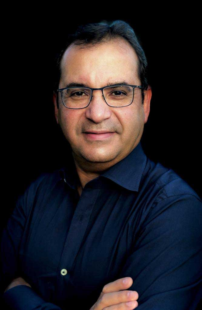Dr José A. López
